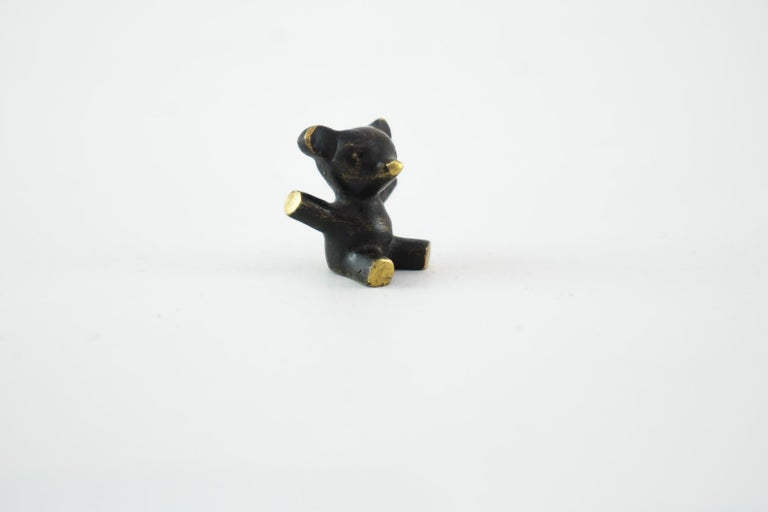 Small Walter Bosse bear figurine, Vienna, circa 1950s Original condition.