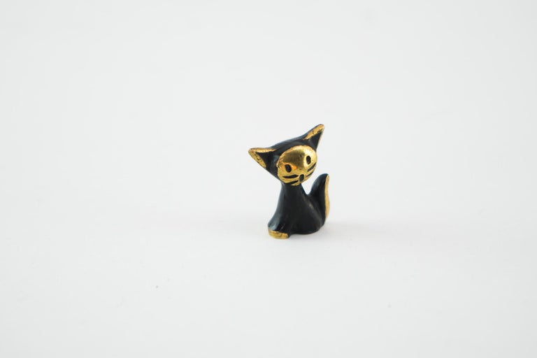 Small Walter Bosse cat figurine, Vienna, circa 1950s Original condition.