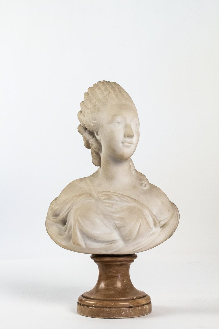 Small white marble bust of countess du Barry, after Augustin Pajou.  A lovely elegant and decorative small white marble bust of Countess du Barry carved late 19th-century, perfect to recreate the 18th-century atmosphere. It rests on a marble
