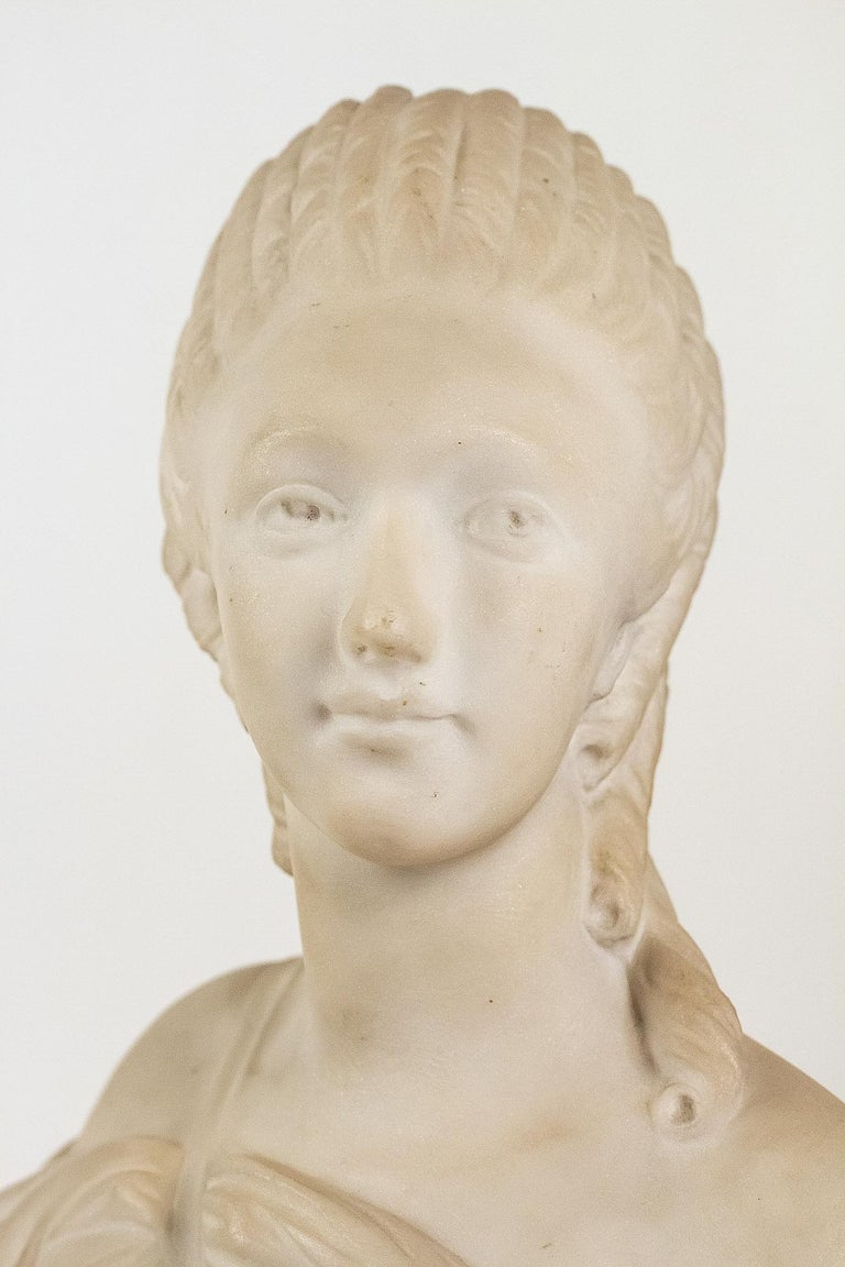 Small White Marble Bust of Countess du Barry, after Augustin Pajou For Sale 2