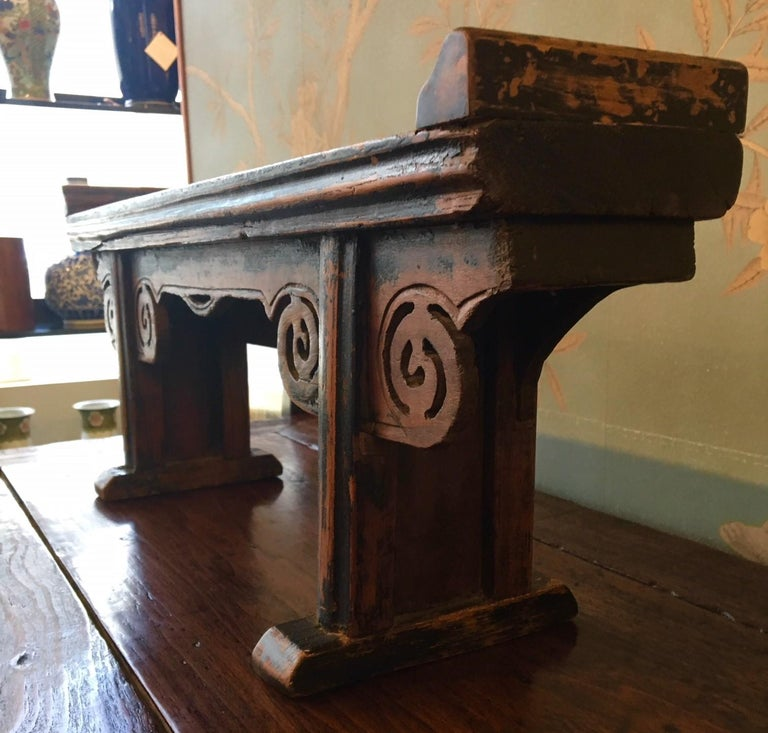 Small Wooden Altar Table In Good Condition For Sale In New York, NY