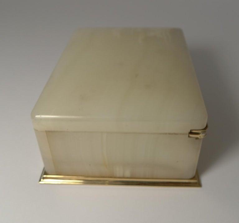 English Smart Antique Art Deco White Onyx Box by Betjemman, circa 1920