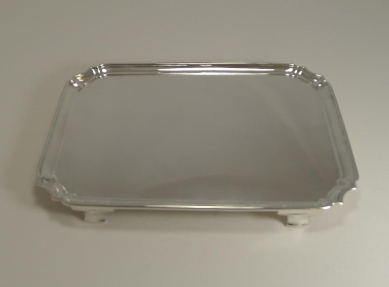 Smart Antique English Sterling Silver Serving / Cocktail Tray, 1903 In Good Condition For Sale In London, GB