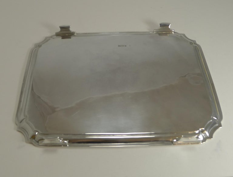 Smart Antique English Sterling Silver Serving / Cocktail Tray, 1903 For Sale 2