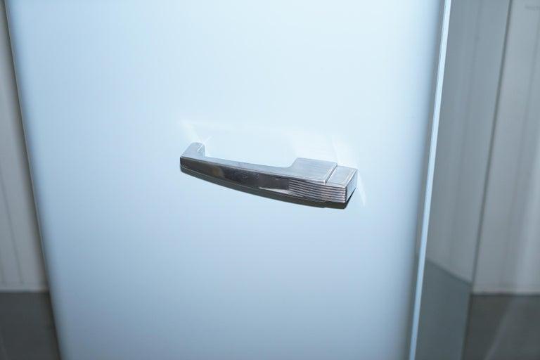 Smeg Kühlschrank Blau : Smeg pastellblauer fab 28l kühlschrank mit gefrierfach klassisch