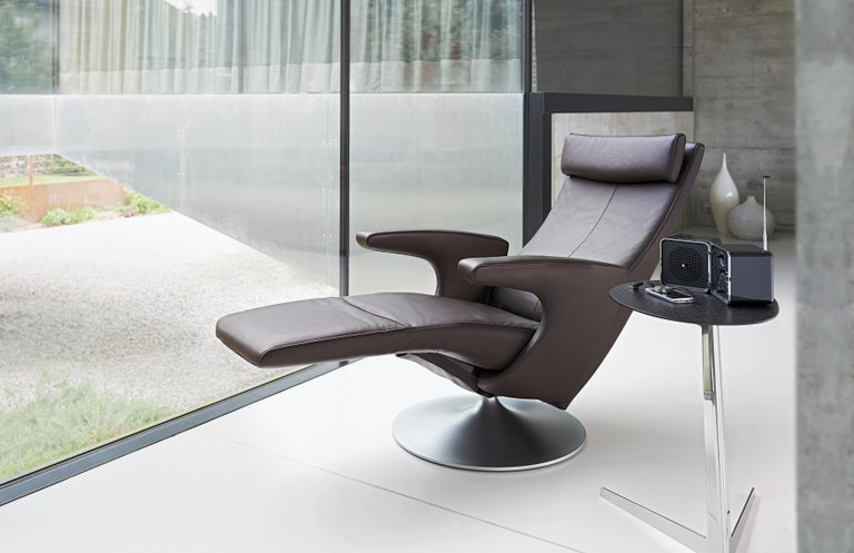 Smile Adjustable Rotating Leather Armchair by FSM For Sale 1