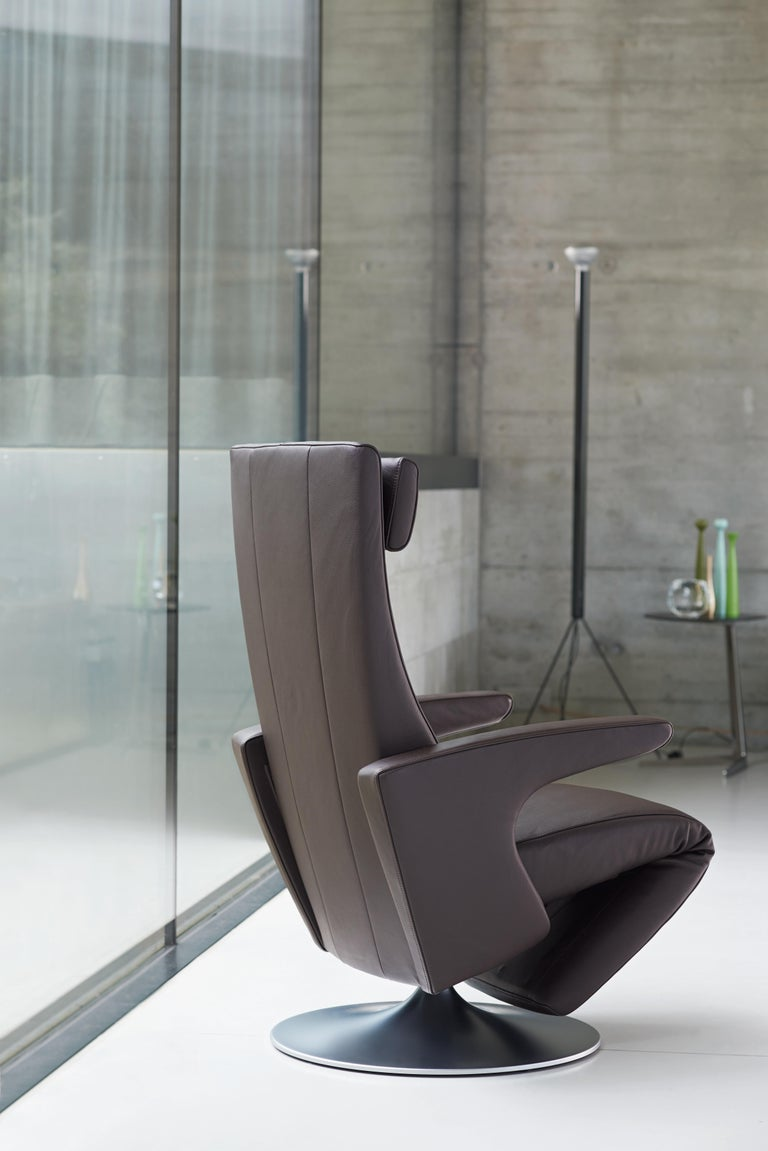 Smile Adjustable Rotating Leather Armchair by FSM For Sale 2