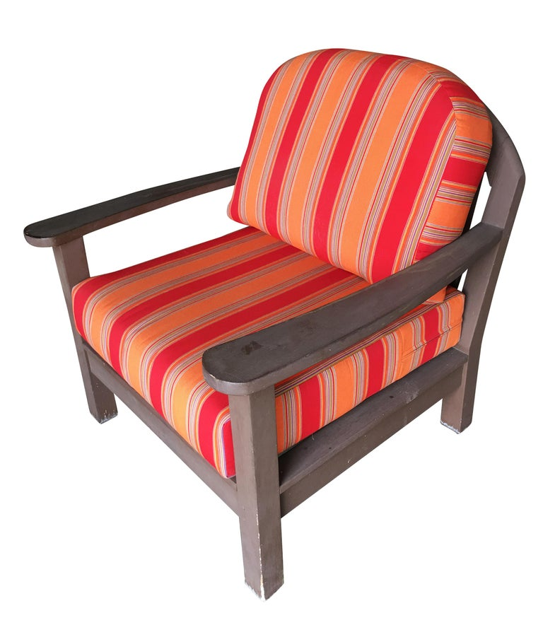 Smith and Hawken large patio lounge chair pair with original fabric cushions, circa 1990.