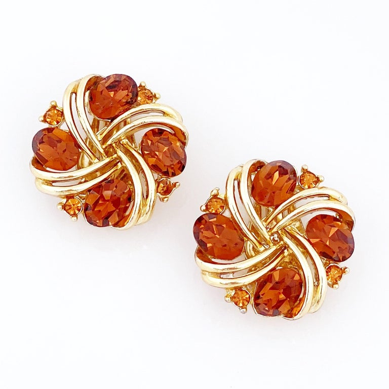Smoked Brown Topaz Crystal Pinwheel Earrings By Lisner, 1960s In Good Condition For Sale In Los Angeles, CA