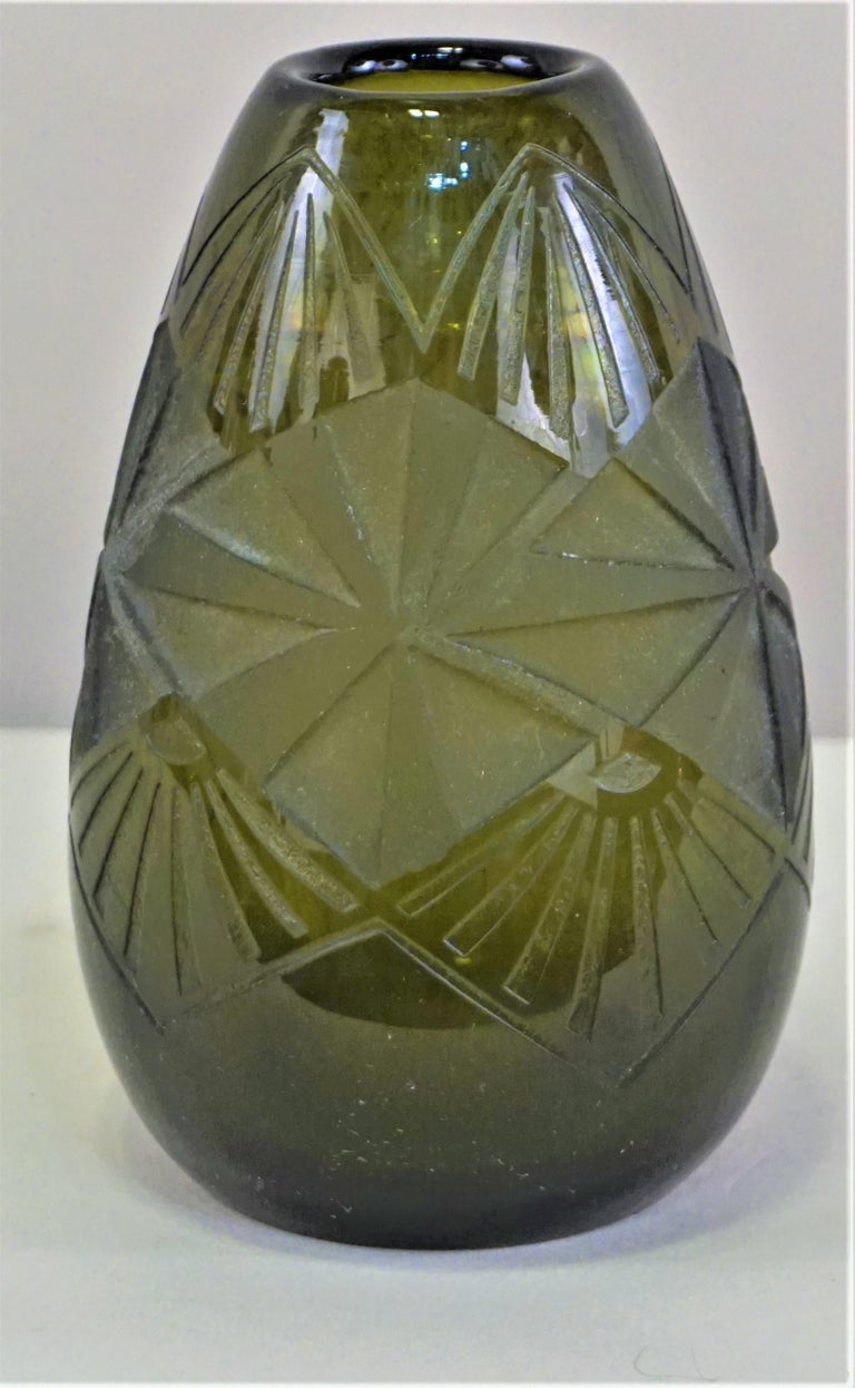 Smoked Green Art Deco Glass Vase by Legras For Sale 1