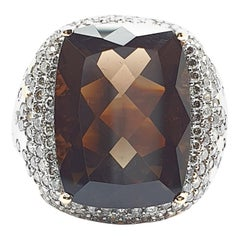 Smokey Quarts Ring with Champagne Colored Diamonds in 18 Carat Rose Gold