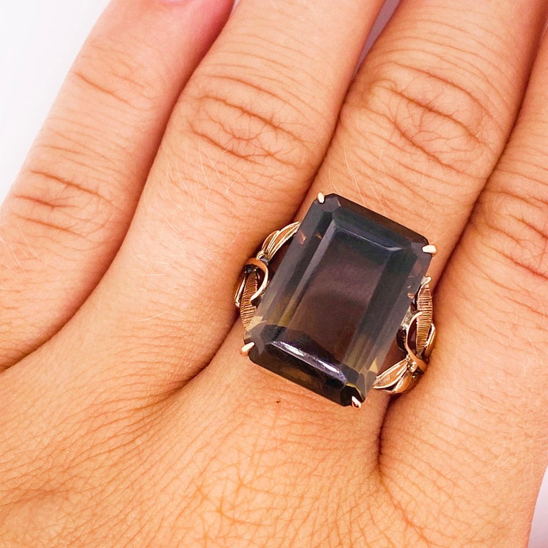 Smokey Quartz Antique 14 Karat Gold Ring, 10 Carat Emerald Cut, Brazilian Quartz For Sale 1