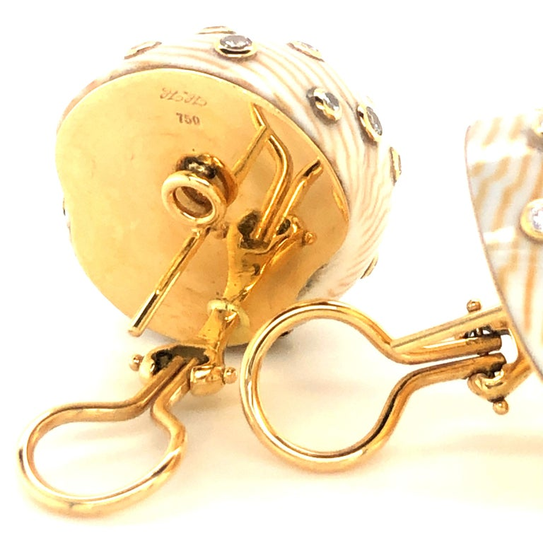Women's Snail Shell Earrings with Diamonds in Yellow Gold 18 Karat For Sale
