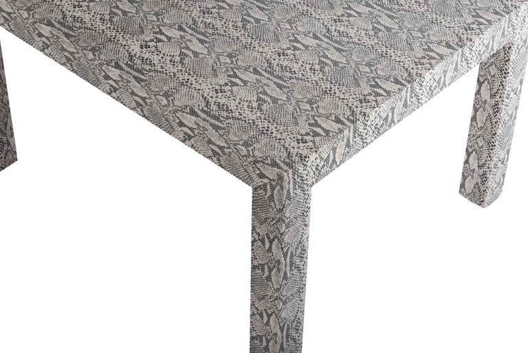 Snakeskin Parsons Lamp Table, 1970 In Excellent Condition For Sale In Chicago, IL