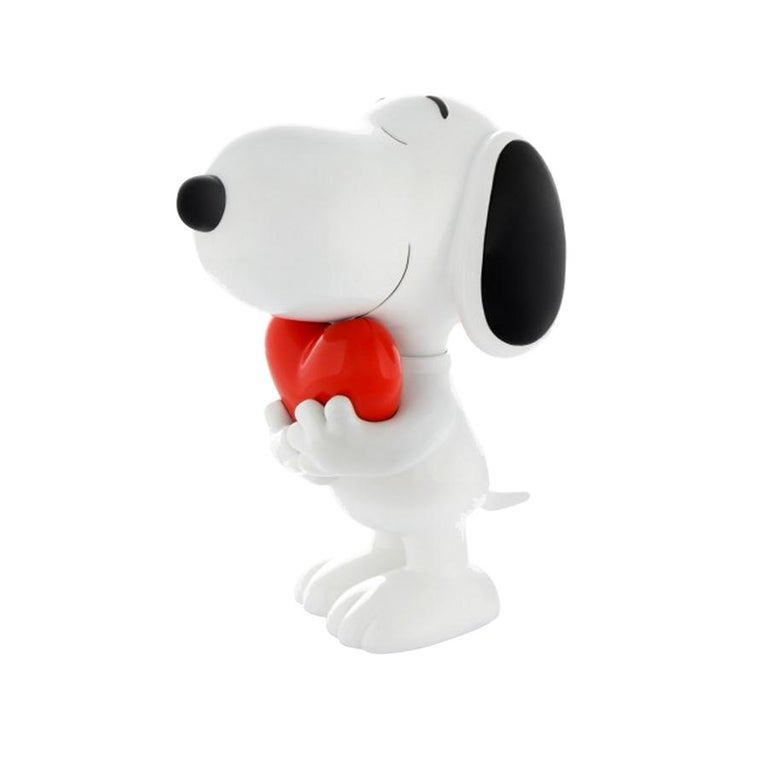 In Stock in Los Angeles, Snoopy Heart Original Pop Sculpture Figurine In New Condition For Sale In Beverly Hills, CA