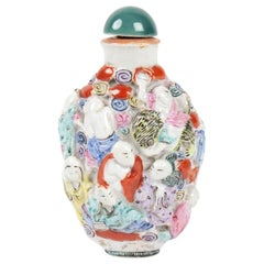 Snuffbox Porcelain Decor of 18 Wise Embossed, Painted Hand, China, circa 1900