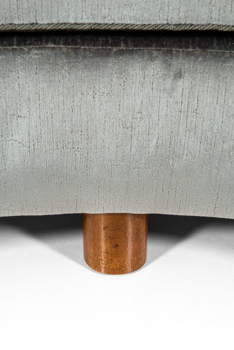 Scandinavian Modern Sofa Attributed to Otto Schulz Produced by Boet in Sweden For Sale