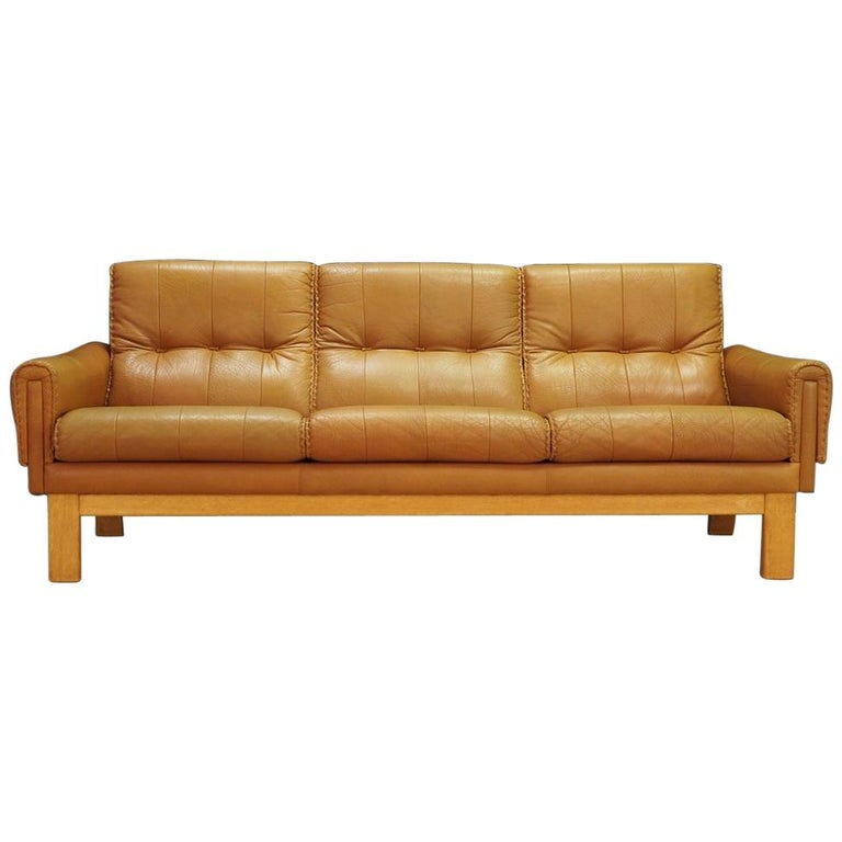 Sofa Classic Leather Danish Design Midcentury For Sale at 1stdibs