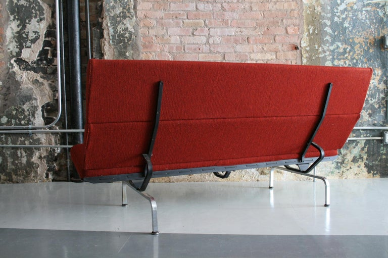 Sofa Compact by Ray and Charles Eames for Herman Miller For Sale 1