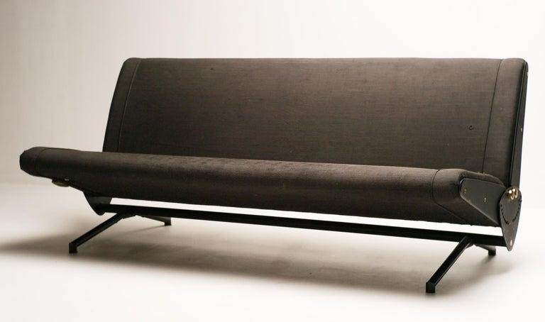 Italian Sofa Daybed D70 by Osvaldo Borsani for Tecno For Sale