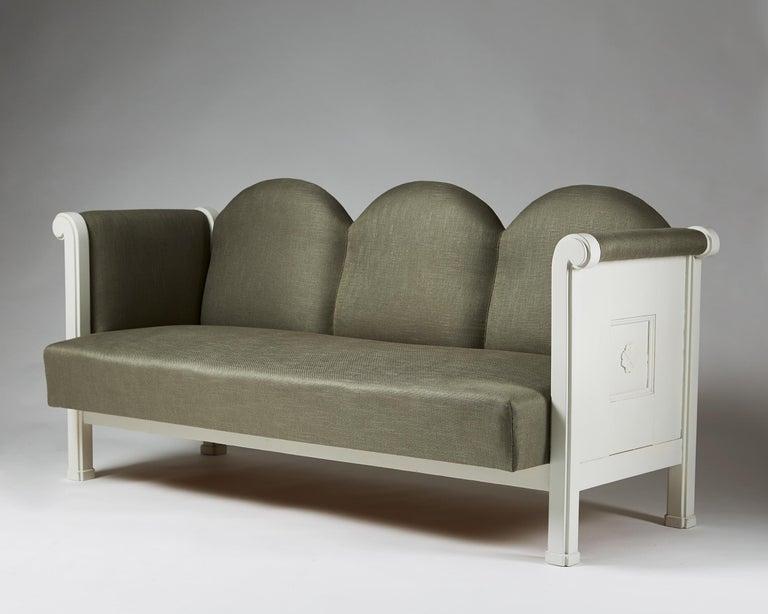 Scandinavian Modern Sofa Designed by Eliel Saarinen, Finland, 1907 For Sale