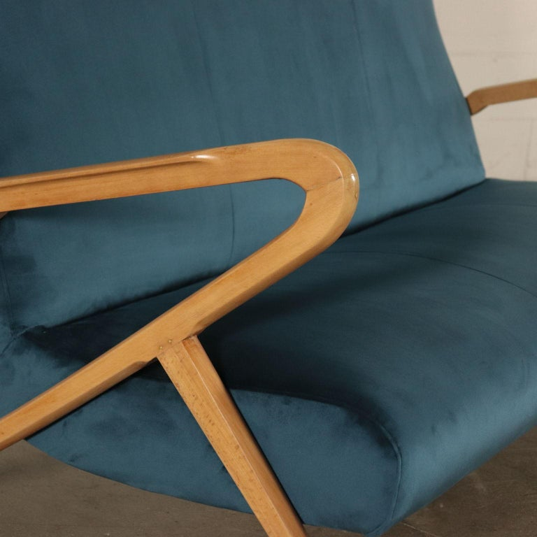 Sofa, Foam Velvet and Beech, Italy 1950s Italian Prodution In Excellent Condition For Sale In Milano, IT