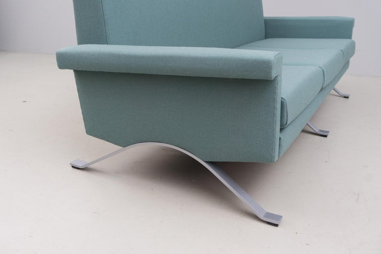 Mid-20th Century Sofa in Grey-Green, Model '875', Ico Parisi, 1960 For Sale
