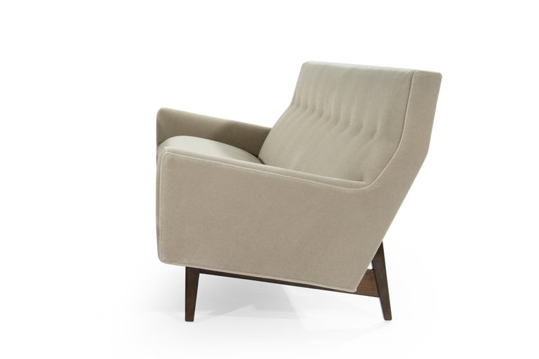 American Sofa in Natural Mohair by Jens Risom, Model U-150 For Sale