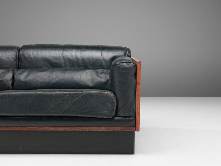 Sofa in Rosewood and Leather For Sale 1