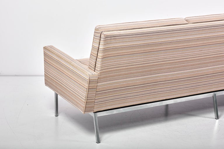 67A Sofa by Florence Knoll for Knoll International  For Sale 7