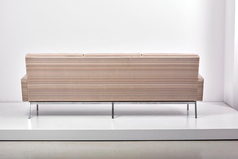 67A Sofa by Florence Knoll for Knoll International  For Sale 9