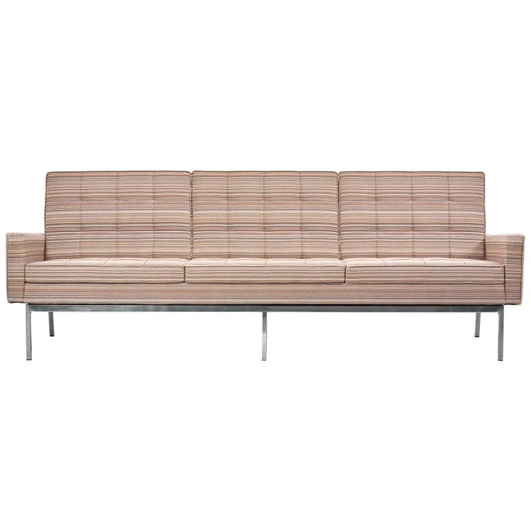 67A Sofa by Florence Knoll for Knoll International  For Sale