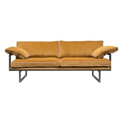 GHYCZY Sofa Brad GP01 Ristretto, Ocher Yellow Fabric, Light Pink Details