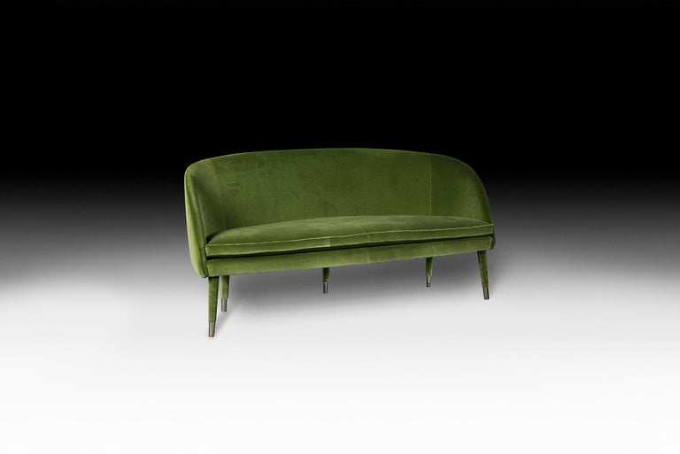 VG furniture represent luxury in terms of exclusivity, distinction and high quality. They are the result of sophisticated and Exclusive Design with a strong identity and are the outcome of meticulous attention paid to the typical details of
