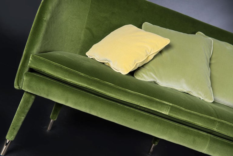 Sofa Vivien, Velvet and Metal, Italy In New Condition For Sale In Quinto di Treviso, Treviso