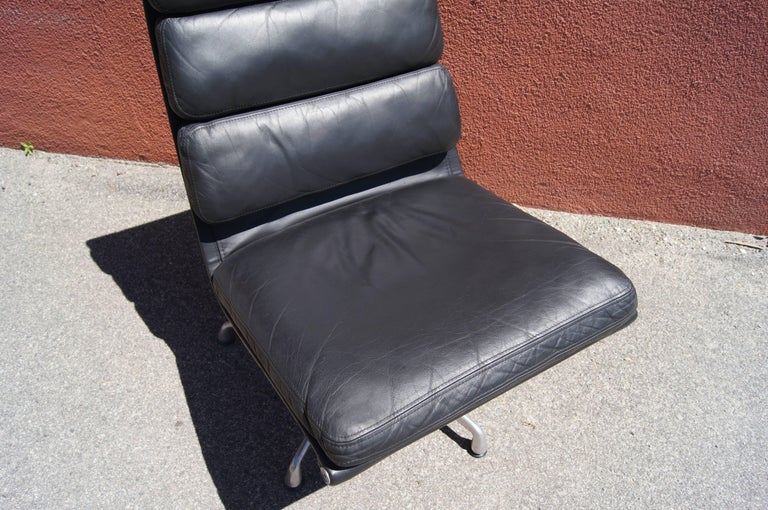 Aluminum Soft Pad Armless Executive Chair by Charles and Ray Eames for Herman Miller For Sale