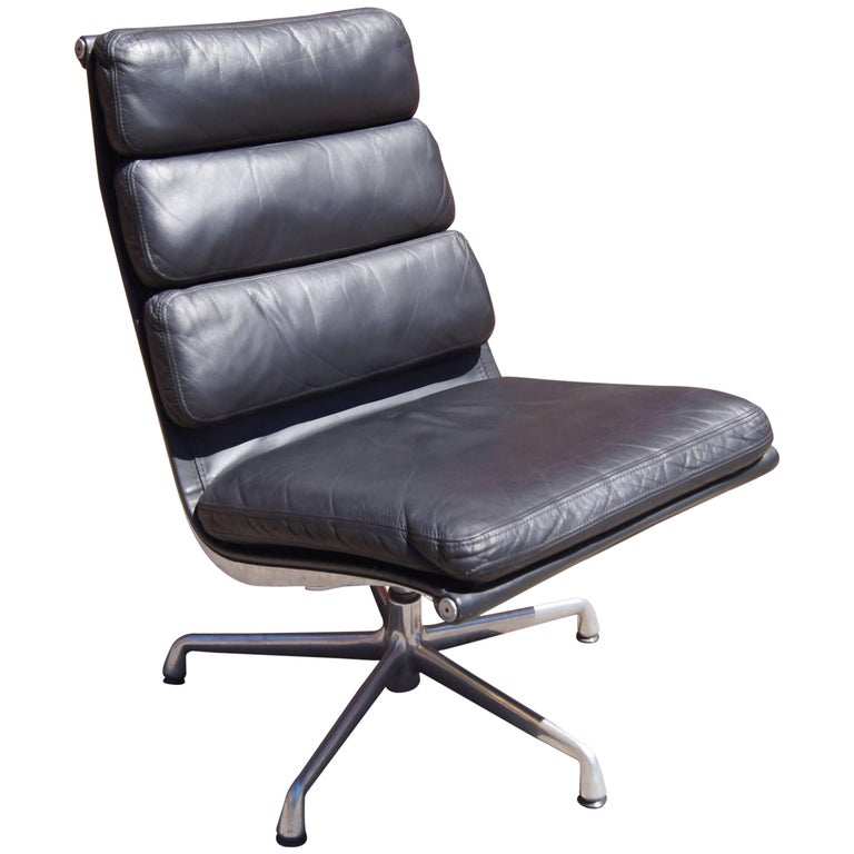 Soft Pad Armless Executive Chair by Charles and Ray Eames for Herman Miller For Sale