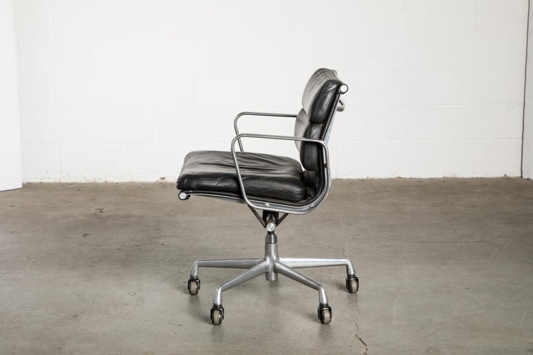 Soft Pad Management Chair by Charles Eames for Herman Miller, Signed & Dated For Sale 4