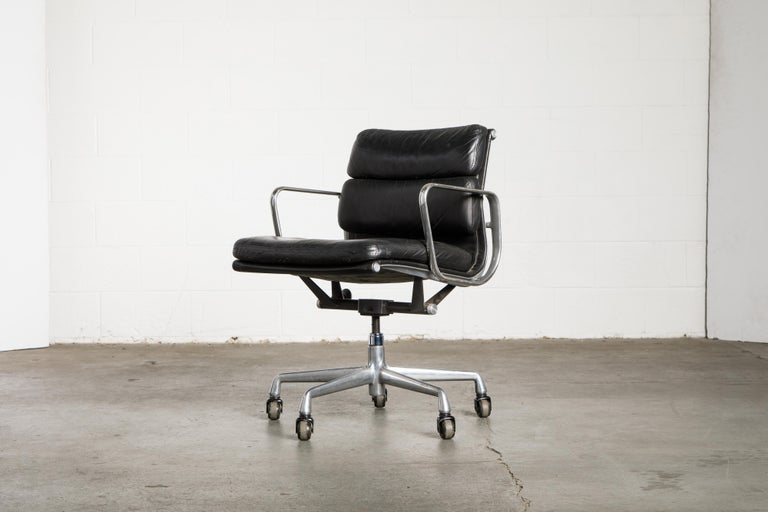 Soft Pad Management Chair by Charles Eames for Herman Miller, Signed & Dated For Sale 5