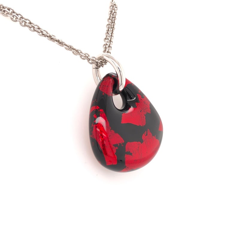 Modern SOHO Red and Black Foliage Pendant For Sale