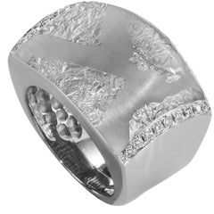 SOHO Sterling Silver Ring with White Gold Leaf