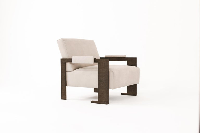 The original Sol Chair is the epitome of a design classic in furniture terms, named after Fiona's husband it is the perfect representation of male virility. An unique design by Fiona Barratt-Campbell, created in 2006, it is now a classic in the