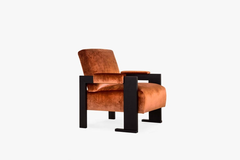 Contemporary Sol Armchair - Oak Finish - Size II For Sale