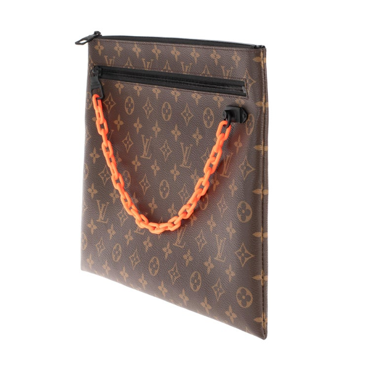Sold Out - Brand new Louis Vuitton Pouch Virgil Abloh limited edition 2019 In New Condition For Sale In Paris, Paris