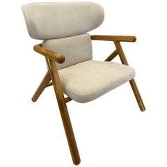 Sole Scandinavian-Styled Armchair in Teak.