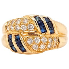 Solid 14 Karat Yellow Gold Genuine Sapphire and Diamond Ring 4.6g