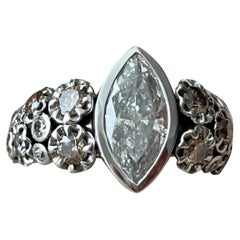 Solid 18 K White Gold Ring Marquise Diamond Fancy Colored Diamonds