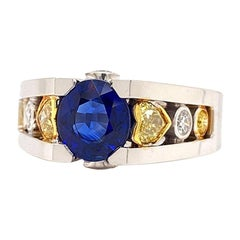 Solid 18 Karat Gold Natural Sapphire and White and Yellow Diamond Ring 12.6g