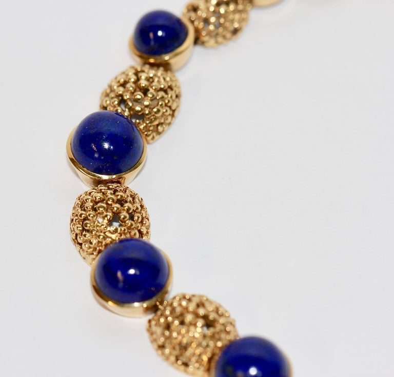 Solid 18 Karat Gold Necklace with Lapis Lazuli For Sale 1