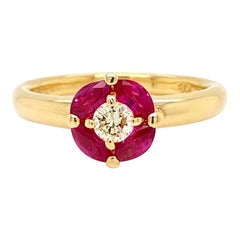 Solid 18 Karat Yellow Gold Natural Ruby and Genuine Diamond Ring 3.6g
